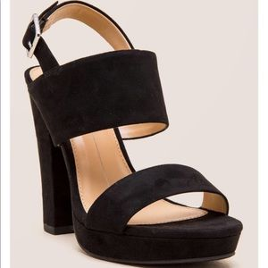 CHINESE LAUNDRY | ABIGAIL STRAPPY PLATFORM HEEL